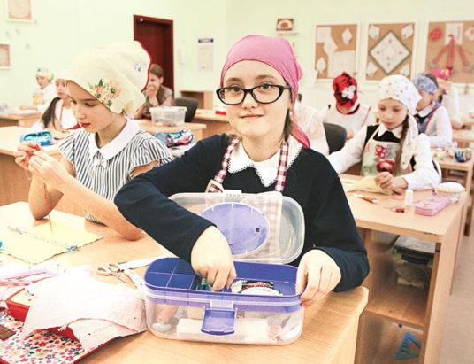 школьники, трудовое обучение