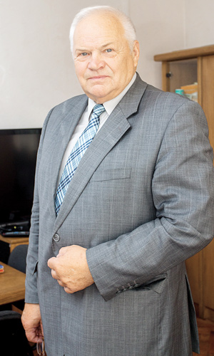 Зенон Ловкис