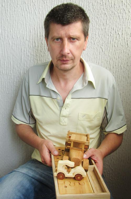 Александр Стриженок