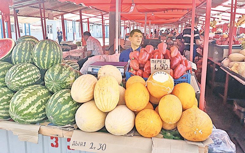 рынок, дыни, арбузы