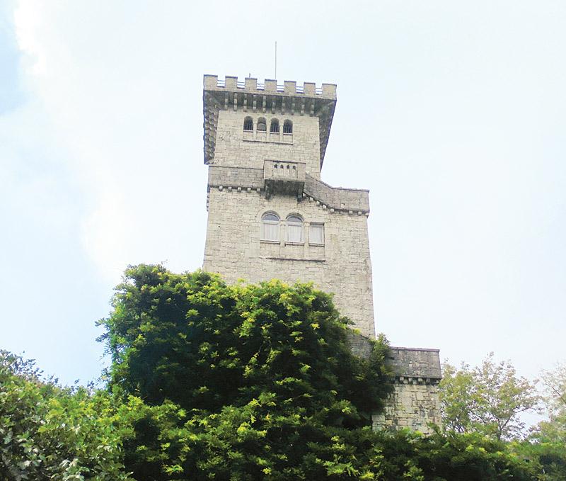 смотровая башня горы Ахун