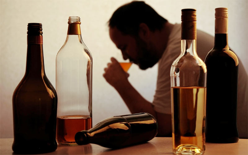 мужчина алкоголь