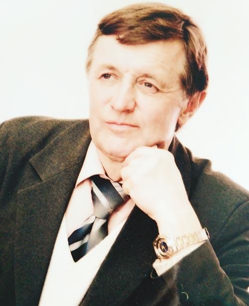 Евгений Пукст