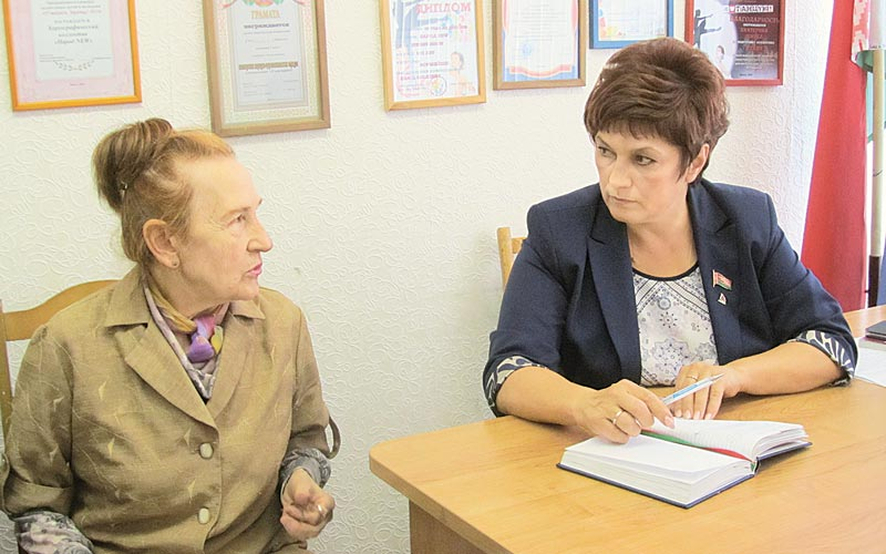 Оксана Нехайчик, прием депутата