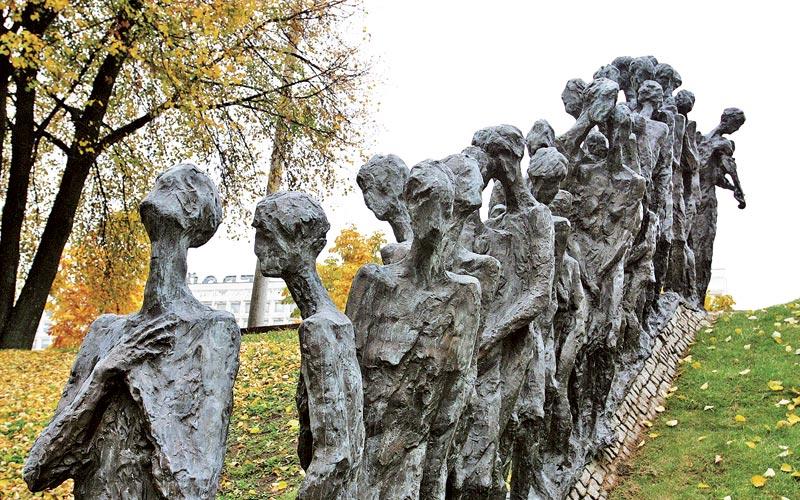 памятник яма, минск, минское гетто