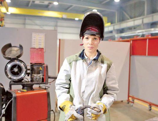 Зинаида Кабанова, электрогазосварщик
