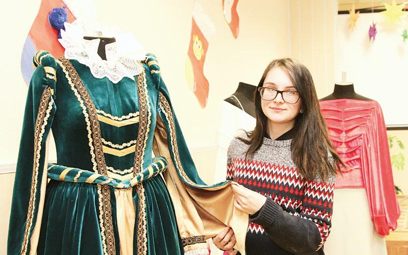 костюмы для экскурсоводов Мирского замка