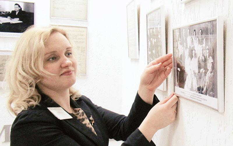 Выставка к100-летию соцслужбы