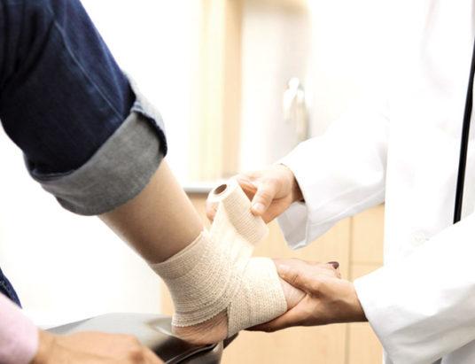 больная нога, травма